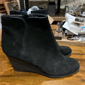 Susana black genuine suede wedge ankle boots